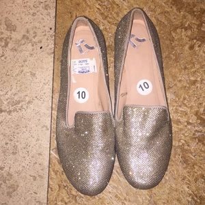 Report gold sparkly flats